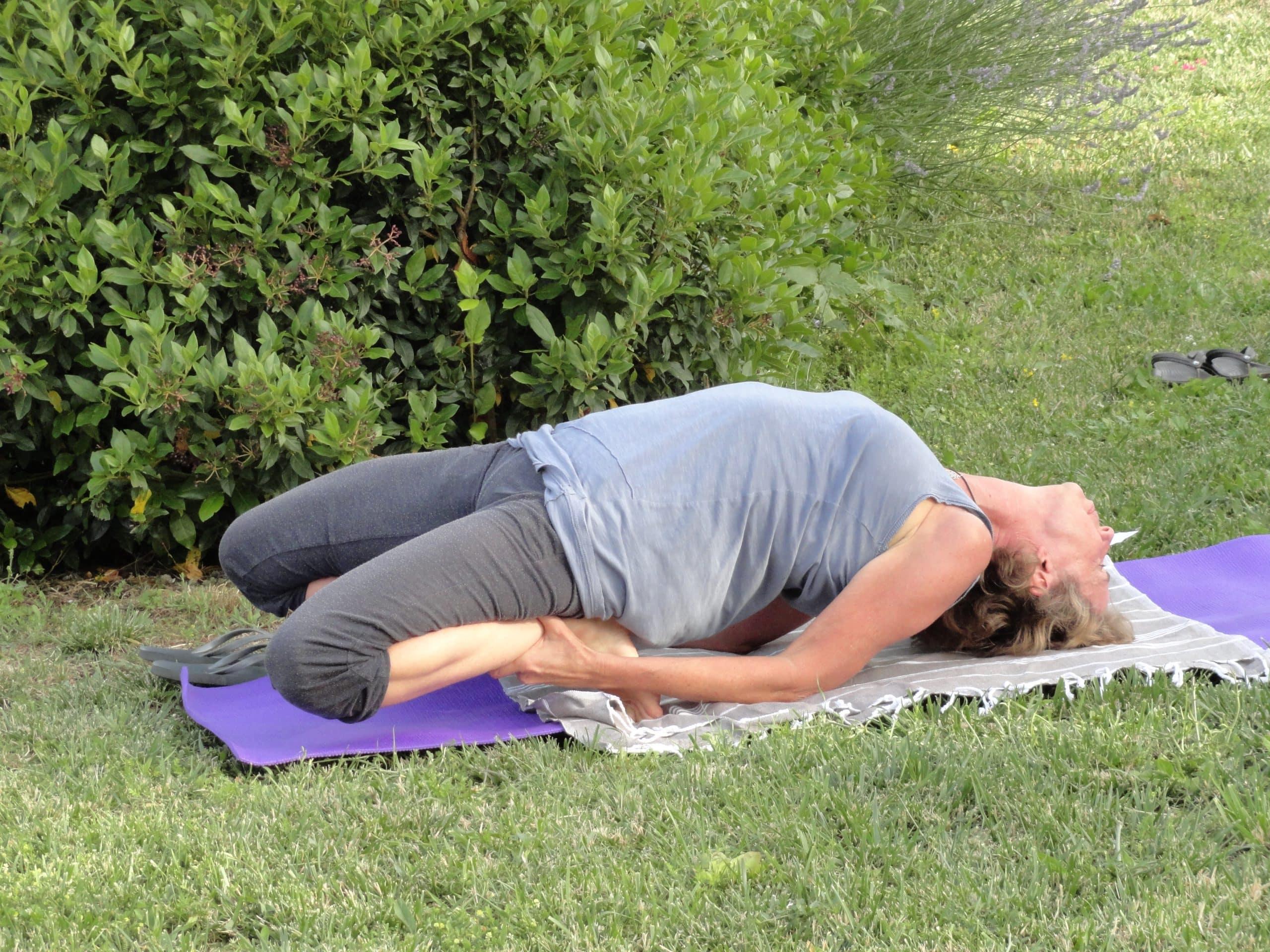 Yoga bij zonsondergang bij Agriturismo Vellaneta